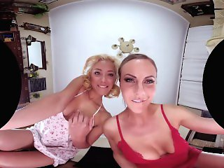 3D , Blonde , Lesbians , Top Rated