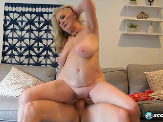 Blonde , Cumshot , Grannies , Orgasm