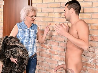 Cumshot , Facial , Grannies , Mature