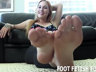 Blonde , Foot Job , Lingerie , Top Rated