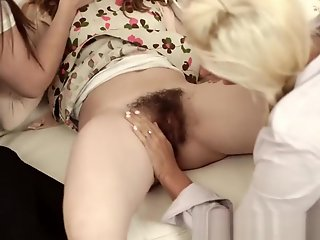 Blonde , Lesbians , Teen , Top Rated
