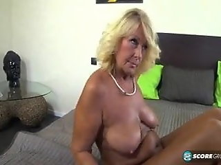 3D , Blonde , Grannies , Massage