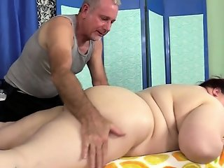 Big Tits , Massage , Mom
